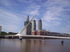 Puente de la mujer, en Buenos Aires