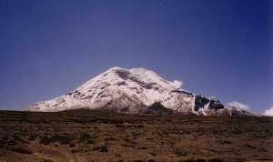 Disfruta de el auténtico techo del mundo, el volcán Chimborazo.